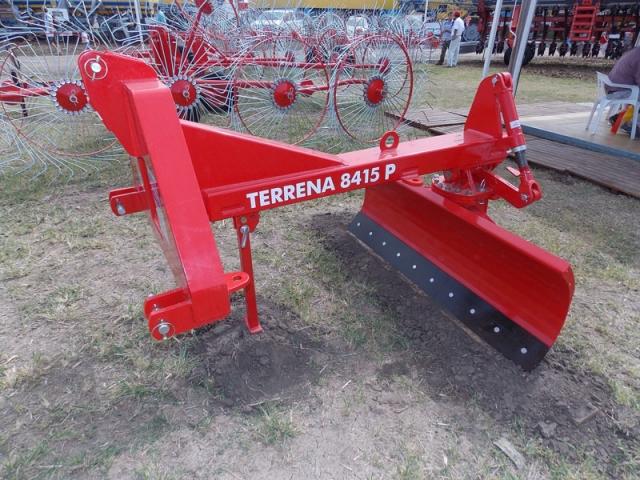 TERRENA 8415